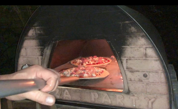 PIZZAJOLLY PIZZAOVEN TWEE PIZZA IN DE OVEN